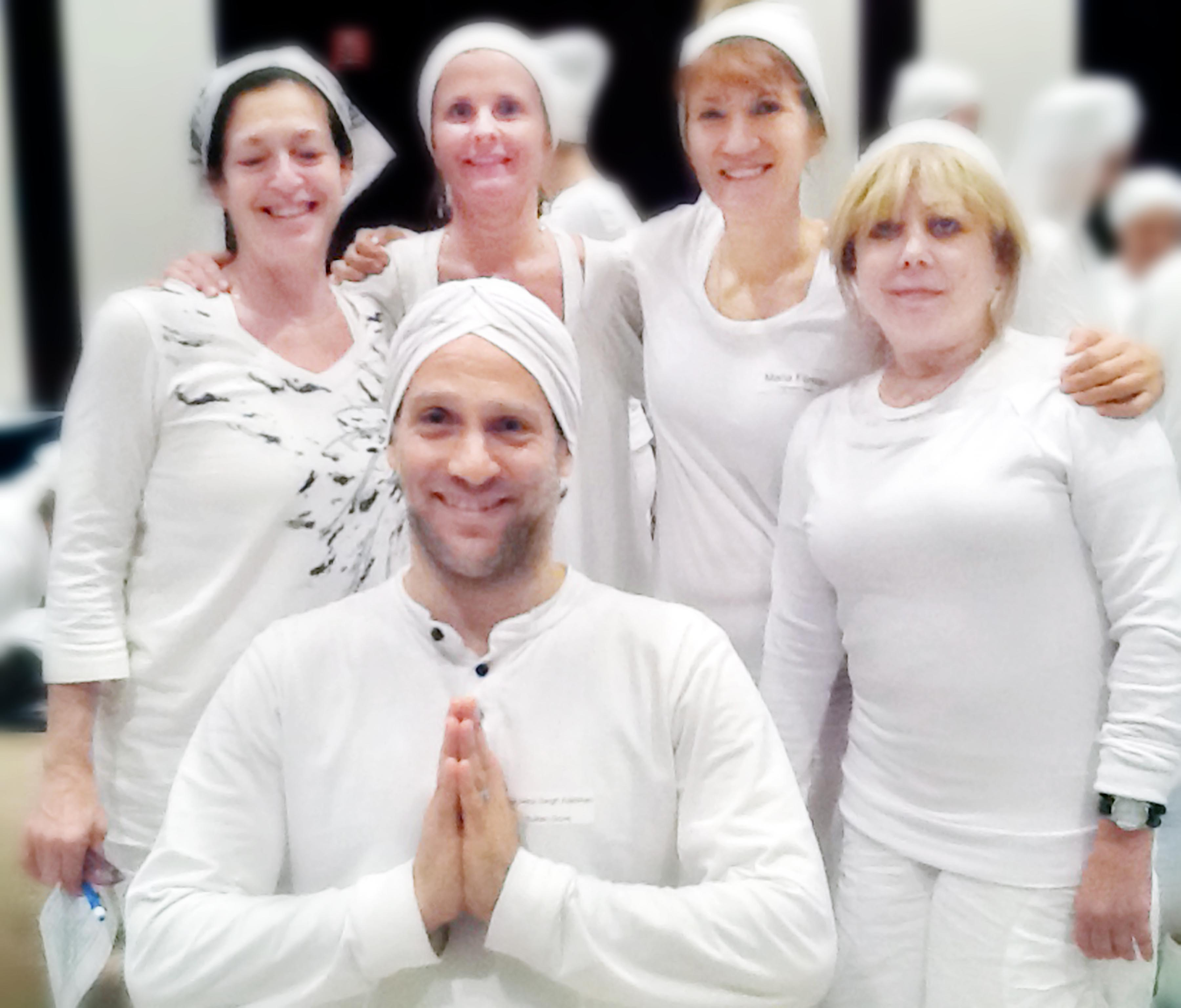 c939165b38272 Wearing White and Kundalini Yoga - Mystic Yogini